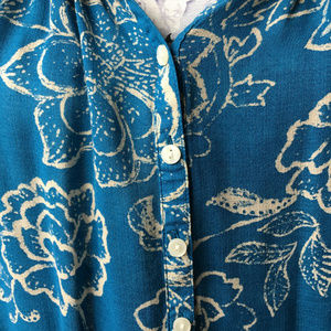 Lucky Brand Tops - Lucky Brand Turquoise and Cream Floral Blouse SZ L